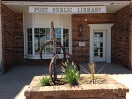 Post Public Library Logo